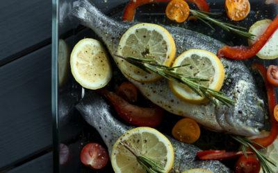 Dorade aux épices et petits légumes au four